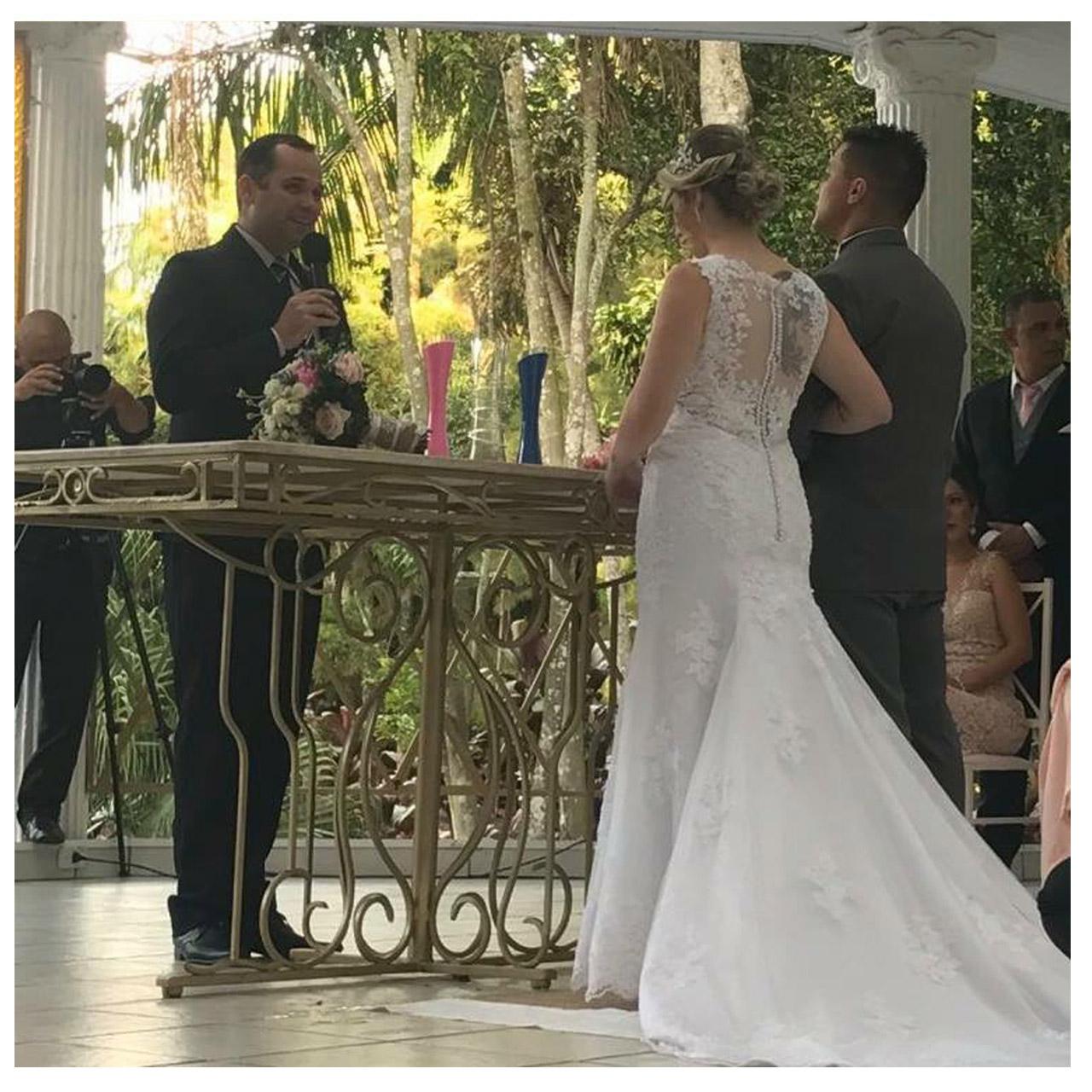 Foto Celebrante de Casamentos