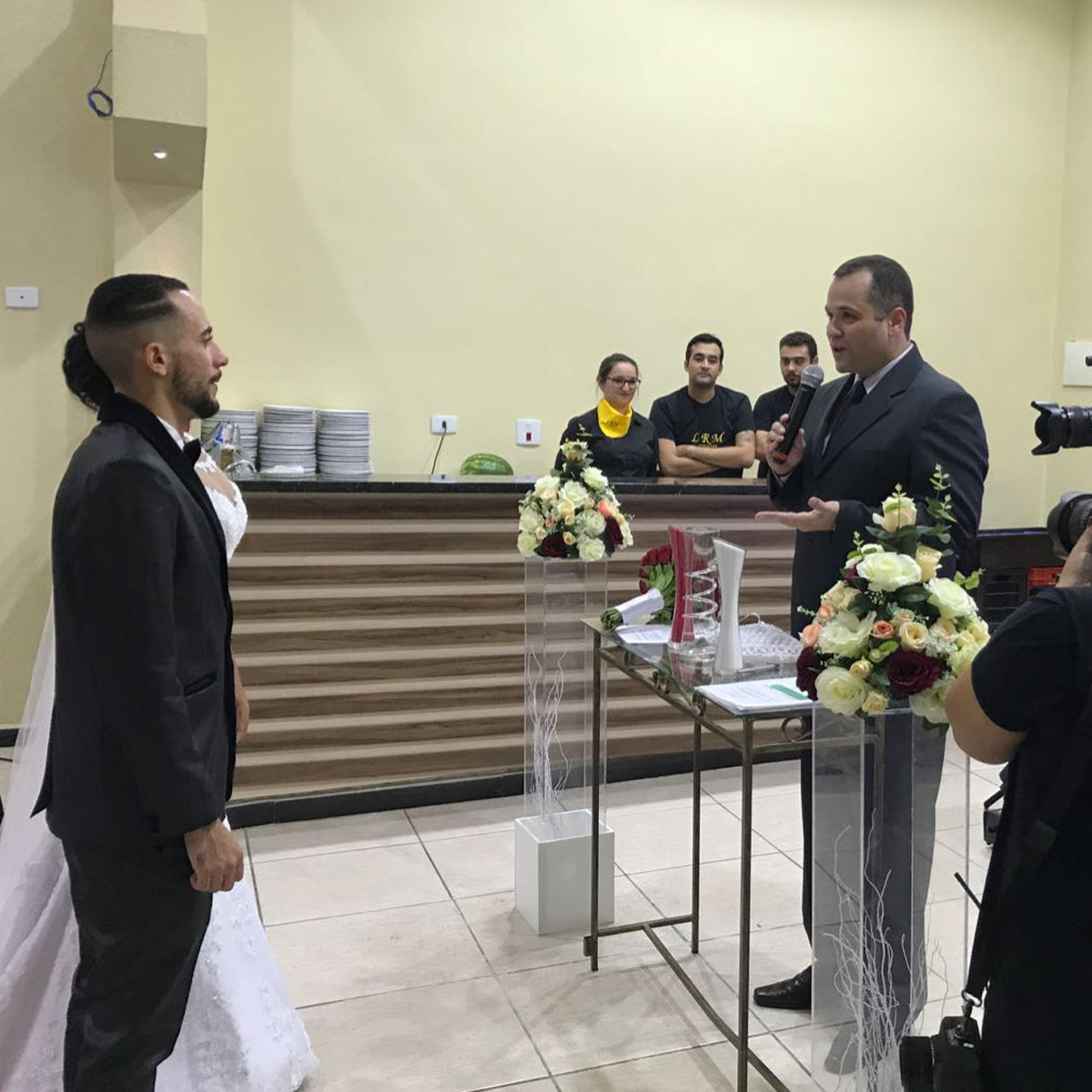 Rafael e os noivos